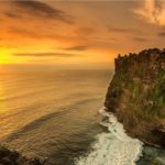 Berlibur-ke-Pura-Luhur-Uluwatu-Dengan-Sewa-Motor-di-Bali-