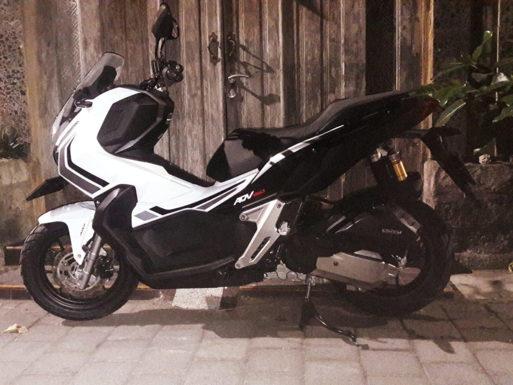 Sewa Motor Honda ADV150 di Bali